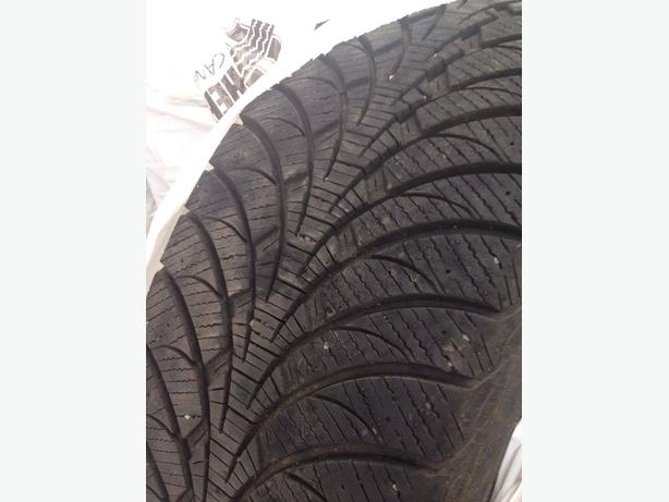 Reduce  Price for 4 SNOW TIRES ..265 65R18