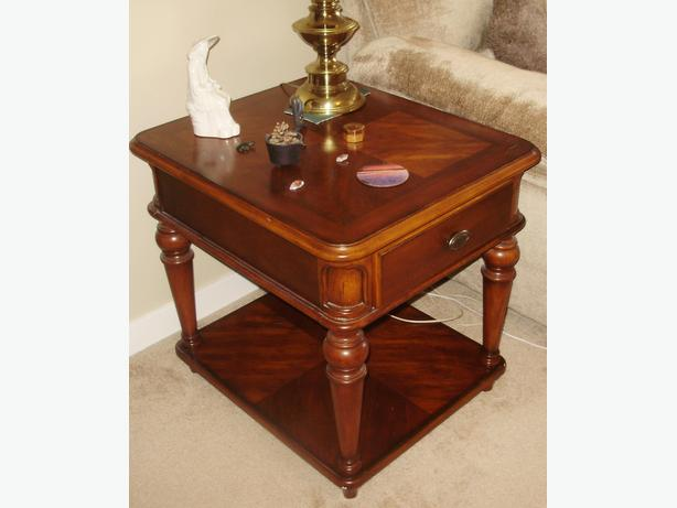 Large Dark Brown Coffee Table And End Table Set Made By Universal Victoria City Victoria Mobile