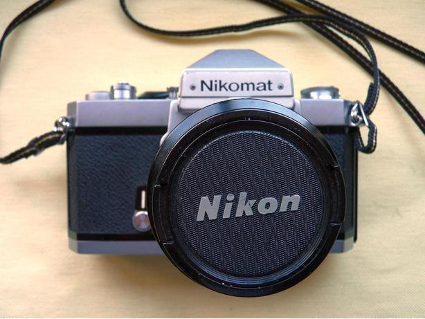 Nikomat (Nikkormat) FT2 35mm film camera w. 50mm 1.4 Nikkor lens
