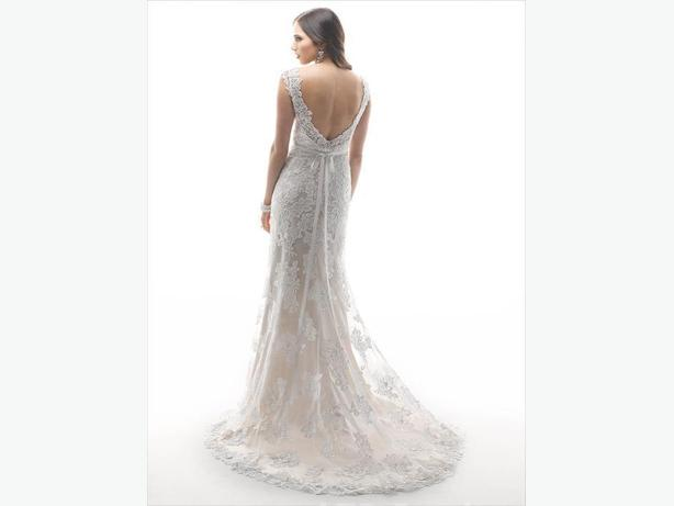~LARK~ by Maggie Sottero, pre-loved wedding gown