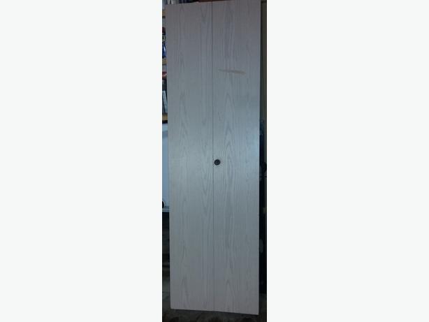 Six plain bi-fold doors