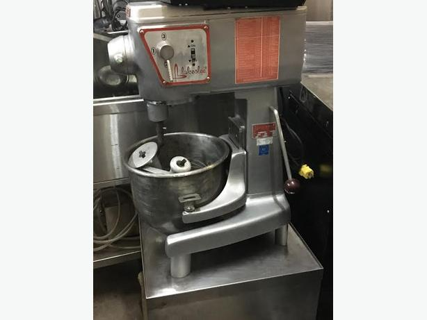 Used Blakeslee 20qt mixer: