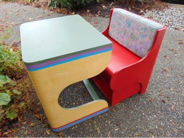 Childrens P Kolino Solid Wood Klick Puzzle Table Chair