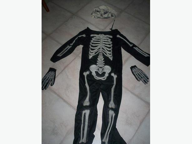 Dress up Skeleton Costume