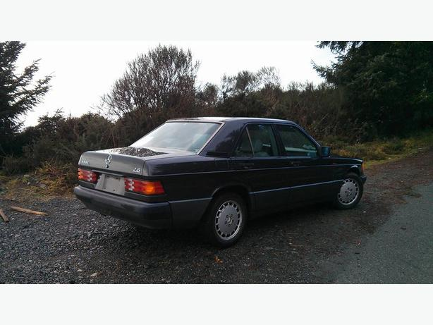 Mercedes 190 e 2 6l sooke victoria for Mercedes benz 1900 model