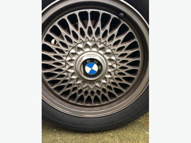 17 inch original BMW rims and firelli tires