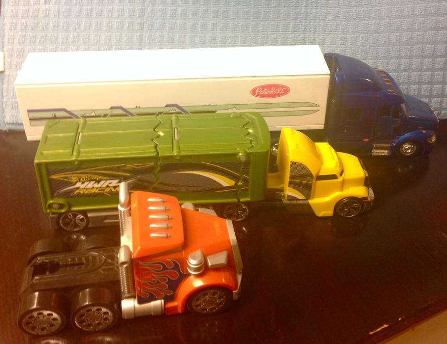Toys For Trucks Calgary : Toy truck set cobble hill cowichan