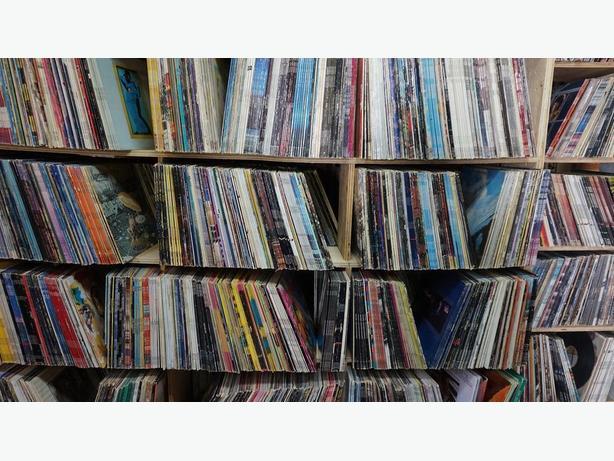 30,000+ Vinyl Records FS/Finyl Vinyl Records