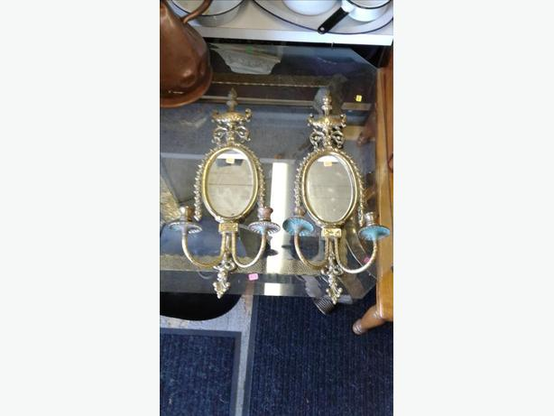 2 BEAUTIFUL ANTIQUE SOLID BRASS MIRRORS / CANDLE HOLDERS
