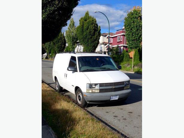 1999 Chevrolet Astro Van (Camper)