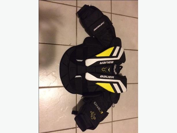 Bauer youth large