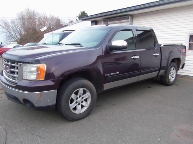 2008 GMC SIERRA 1500 CREW CAB 4X4 !! **SELLING AS TRADED**