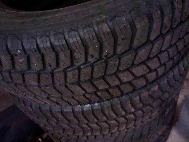 215 65 17 winter tires