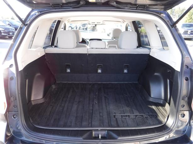 2014 subaru forester i awd heated front seats alloy wheels courtenay comox valley mobile. Black Bedroom Furniture Sets. Home Design Ideas