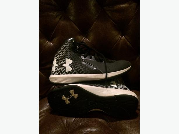 under armour size youth 4.5