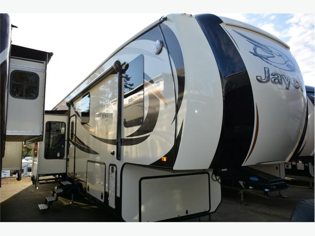 2016 Jayco North Point 387RDFS