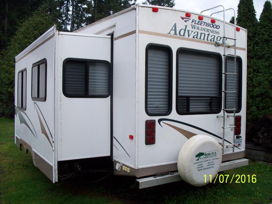 32 39 Luxury Rv For Rent Shawnigan Lake Cowichan