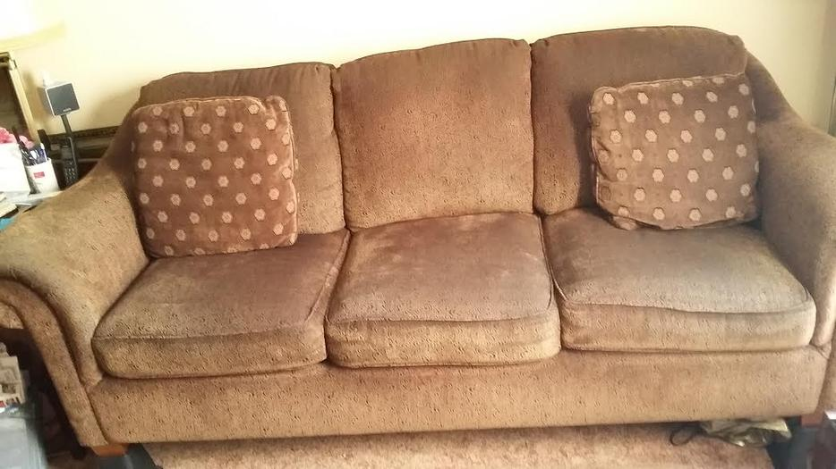 Living room sofas for immediate sale kanata gatineau for Sofa world ottawa