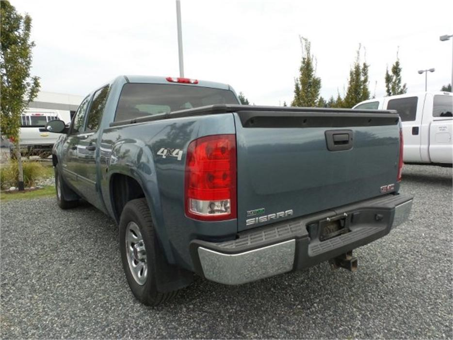 2011 gmc sierra 1500 sl 4x4 nevada edition w bluetooth and back up camera outside comox valley. Black Bedroom Furniture Sets. Home Design Ideas