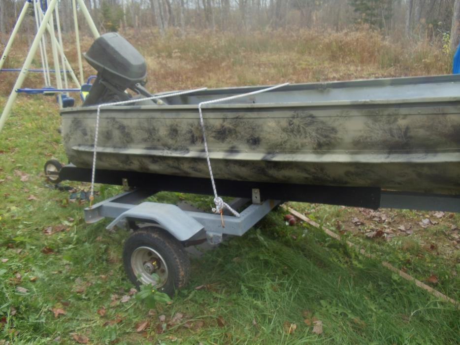 12ft Camo Aluminum Boat 6hp Evinrude Motor Kings County Pei