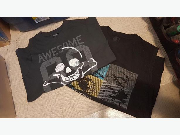 Childrens Place Sleeveless Shirt