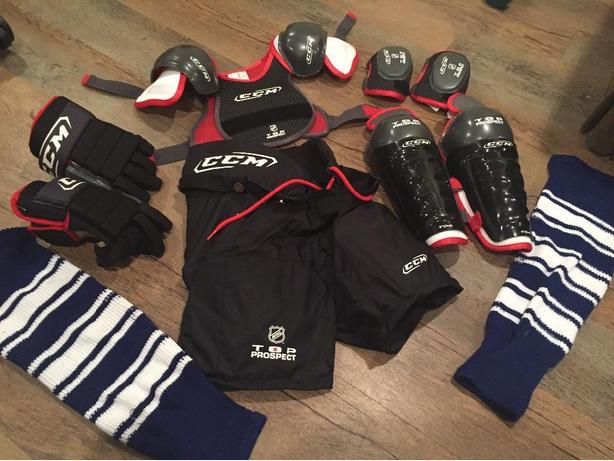 Youth hockey gear & hockey bag