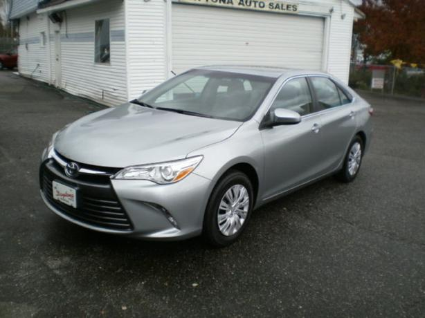 2016 Toyota Camry LE, 4 cylinder,
