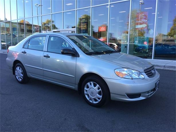 2004 Toyota Corolla CE NO ACCIDENTS LOCAL VICTORIA ONE OWNER