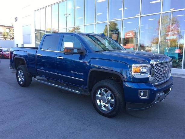 2015 GMC Sierra 3500HD Denali NAVIGATION NO ACCIDENTS LOCAL VICTORIA ONE