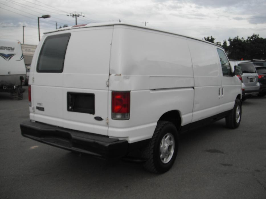 2002 Ford E 350 Super Duty Cargo Van Diesel Outside Victoria Victoria