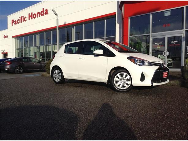 2015 Toyota Yaris LE - Vancouver island car w/ warranty remaining