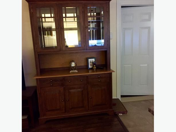 china cabinet /buffet and hutch