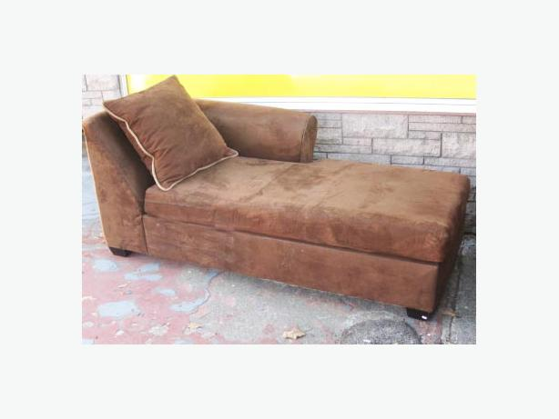Chaise lounge sofa in chocolate brown microfiber esquimalt for Brown microfiber chaise lounge