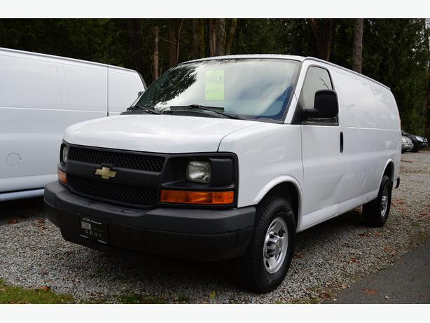 2011 chevrolet express cargo van v8 ac bulkhead. Black Bedroom Furniture Sets. Home Design Ideas