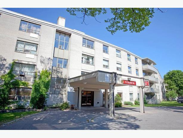 Avail. Feb  Charming  1 bedroom Toronto Sheppard Manor Apartments