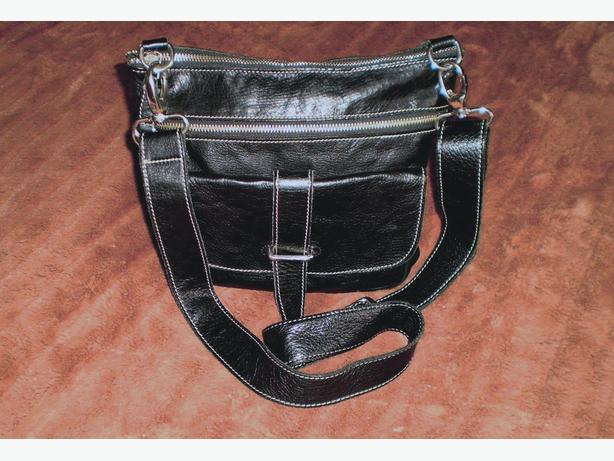 Lovely Black Leather Roots Bag