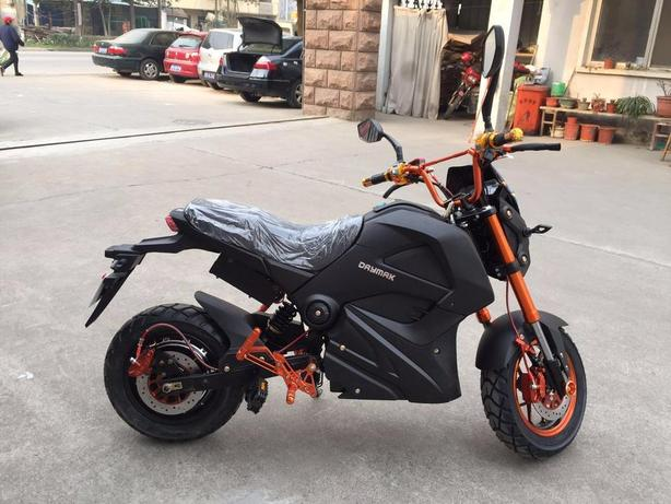 ***DAYMAK EM1 SPORTS SCOOTERS ARE HERE***