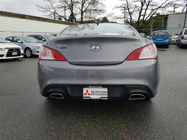 2010 hyundai genesis coupe 3 8 gt auto only 95 539 km burnaby incl new westminster. Black Bedroom Furniture Sets. Home Design Ideas