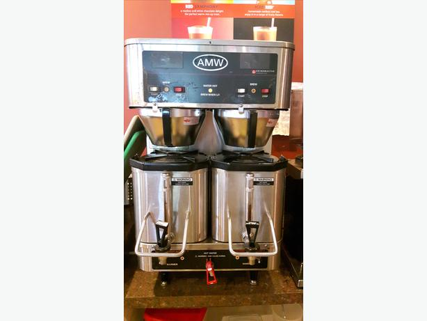 Coffee Brewer Grindmaster-P400E Restaurant Equipment Used
