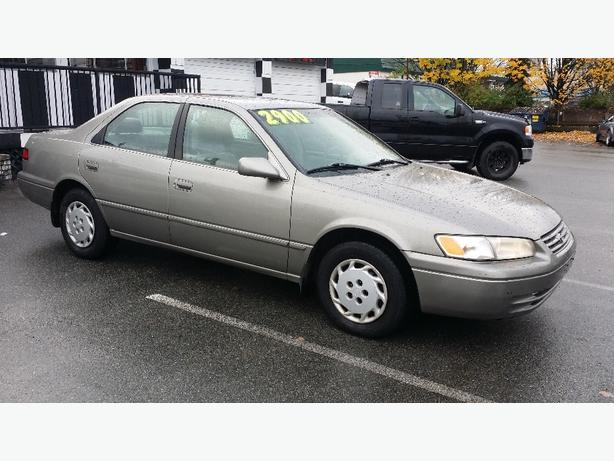 1998 TOYOTA CAMRY !! ONLY 140,000KM !!
