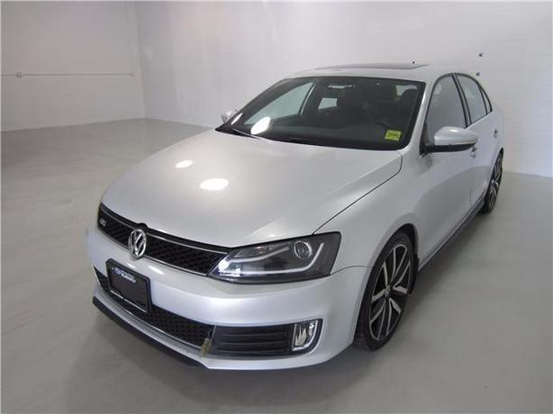 2012 VOLKSWAGEN JETTA GLi 49,405KM LEATHER/GPS!