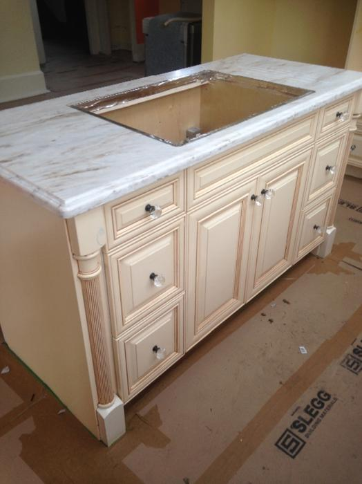 Kitchen cabinets countertop sink victoria city victoria for Kitchen cabinets kamloops