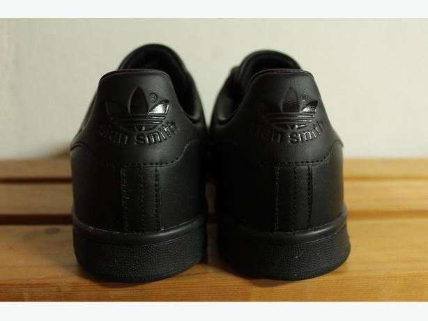Triple-Black adidas Originals Stan Smith