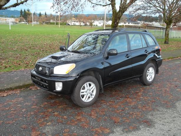 2003 toyota rav 4 4 wheel drive chili edition call hart at 250 724 3221 port alberni ucluelet. Black Bedroom Furniture Sets. Home Design Ideas