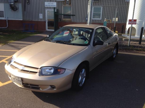 must sell 2004 chevrolet cavalier low miles