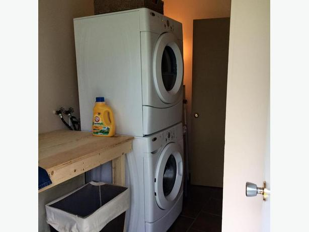 Stackable Washer/Dryer Set