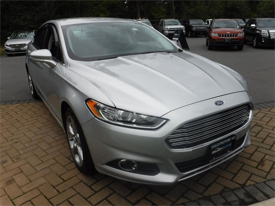2015 ford fusion se sync keyless entry satellite radio. Black Bedroom Furniture Sets. Home Design Ideas