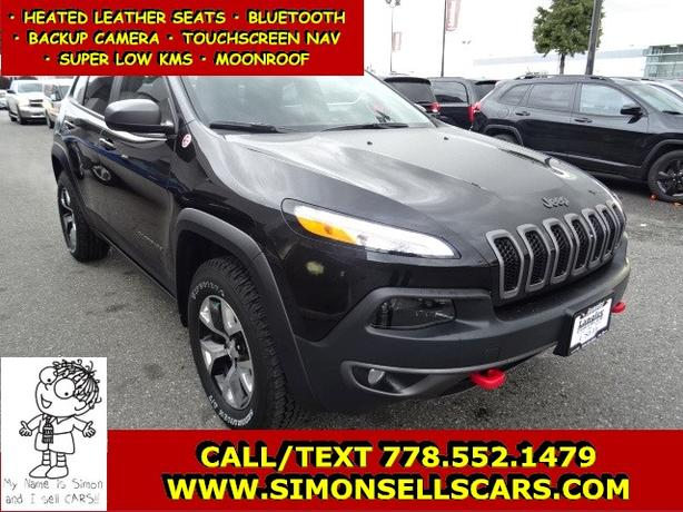 2016 JEEP CHEROKEE TRAILHAWK - LOADED WITH LEATHER - MOONROOF - NAV!