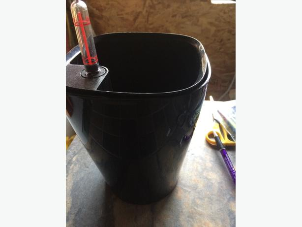 Black deltini self watering planter from lechuza victoria city victoria - Lechuza self watering planter ...