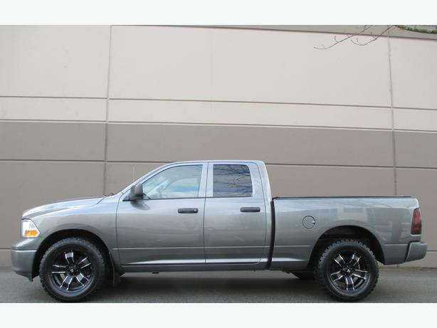 2012 RAM 1500 DODGE - 4X4 - CUSTOM WHEELS! WE FINANCE!